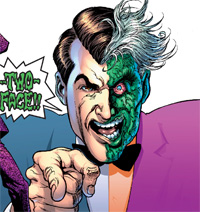 batman-vs-two-face8